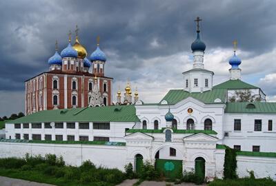 Монастыри Рязани Спасо-Преображенский
